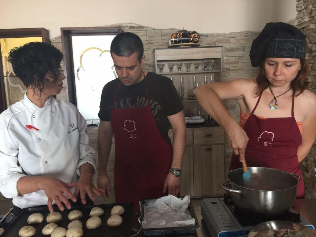 Sesiones gastronómicas, taller de cocina en Sant Feliu de Llobregat. Algo más que postres.