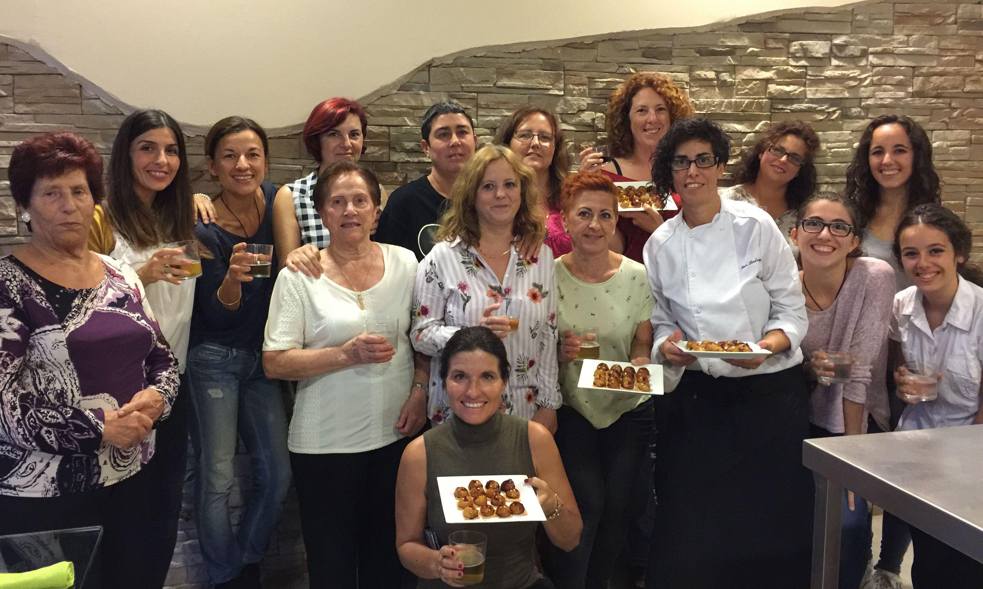 Master Class Algo más que postres Sant Feliu de Llobregat. Cursos de cocina divertidos